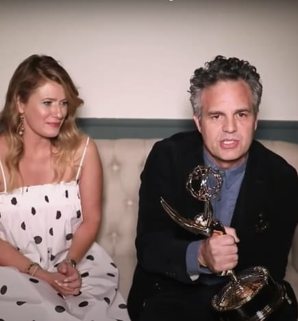 Mark Ruffalo Wins Outstanding Lead Actor in a Miniseries